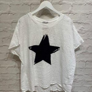 White linen t.shirt with star size 10-18