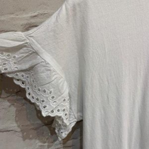 Broderie anglaise dress in white