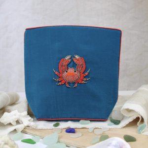 Crab beaded velvet makeup bag