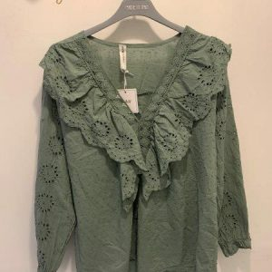 Ruffle blouse in 3x colours