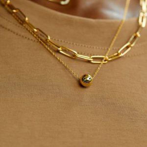 Gold mini smiling face pendant necklace