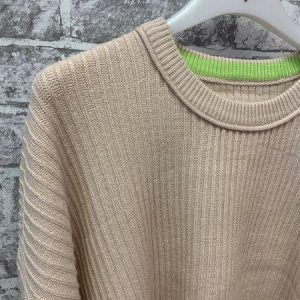 Cream cropped knitted jumper