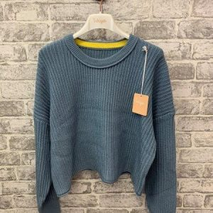 Blue cropped knitted jumper