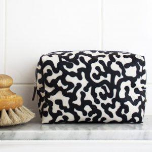 Coral reef cosmetic bag